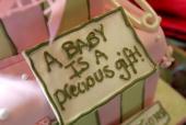 green baby shower gift